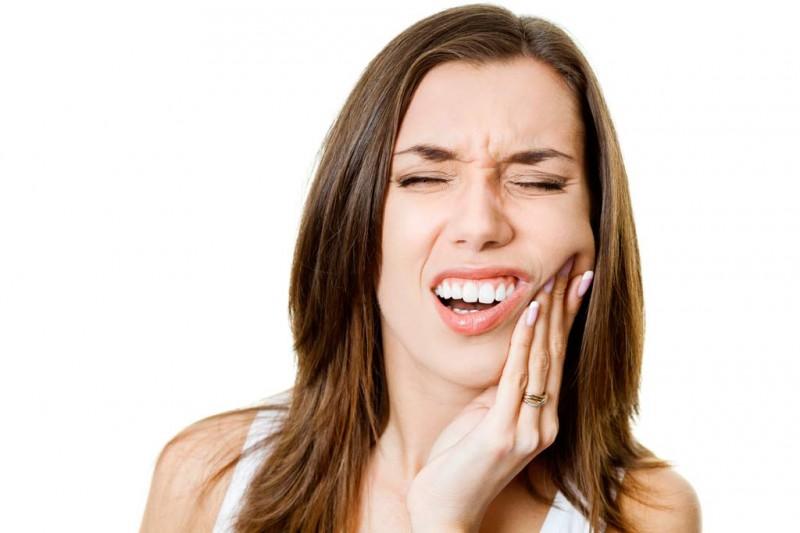 ont i tänderna
